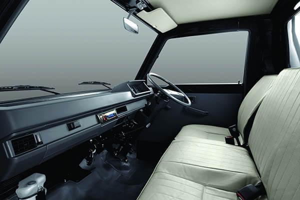 interior-kabin-colt-l300-pickup
