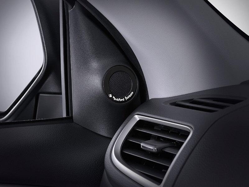 Mitsubishi Pajero Sport Rockford Fosgate-audio-system-4
