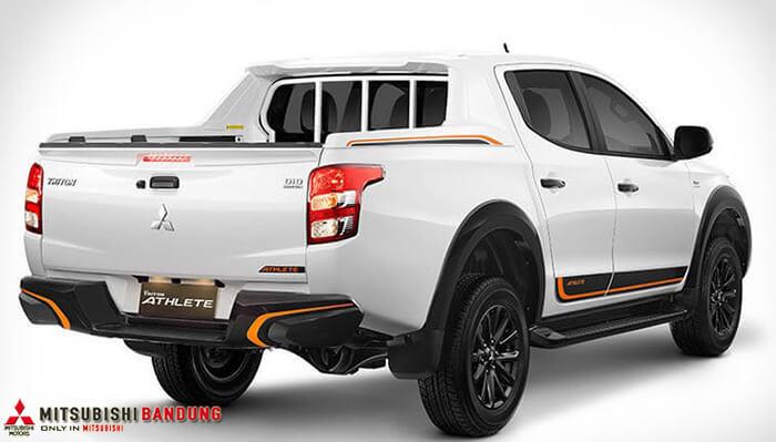 Eksterior Mitsubishi Strada Triton
